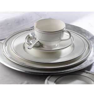 Royal Doulton Whitehaven 5 Piece Dinnerware Place Setting