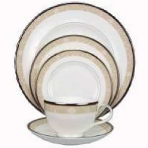 Royal Doulton Abbey Hall Four 5 Pc Place Settings Kitchen