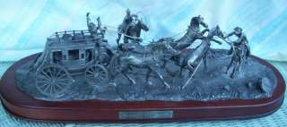NIB FRANKLIN MINT HOLDUP PEWTER STAGECOACH OUTLAWS HORSES RIFLES WOOD